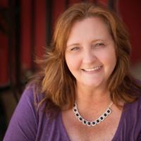 Amanda Formaro, author, blogger, crafter, cook - Crafts by Amanda, Amanda's Cookin'